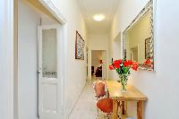 well-appointed Rome - Charming Vatican Museums 3BR luxury apartment
