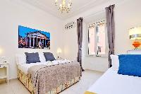 fully furnished Rome - Charming Vatican Museums 3BR luxury apartment