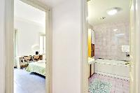 awesome interiors of Rome - Grand Trevi Fountain luxury apartment