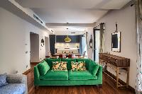 well-appointed Rome - Charming Urbana Colosseum luxury apartment