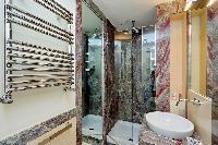 nice and neat toilet and bath in Rome - Boccaccio Trevi Fountain 2BR luxury apartment
