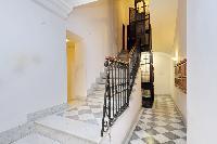 awesome multilevel Rome - Boccaccio Trevi Fountain 2BR luxury apartment