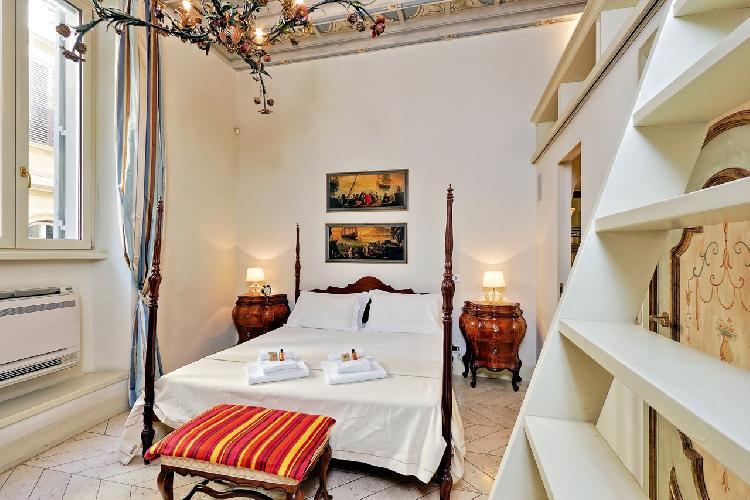 awesome Rome - Boccaccio Trevi Fountain 2BR luxury apartment