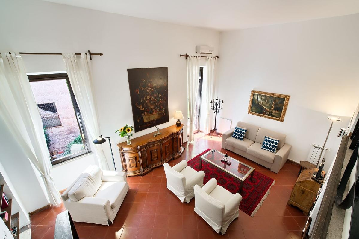 awesome Rome - Clementina Colosseum 1BR luxury apartment and holiday home