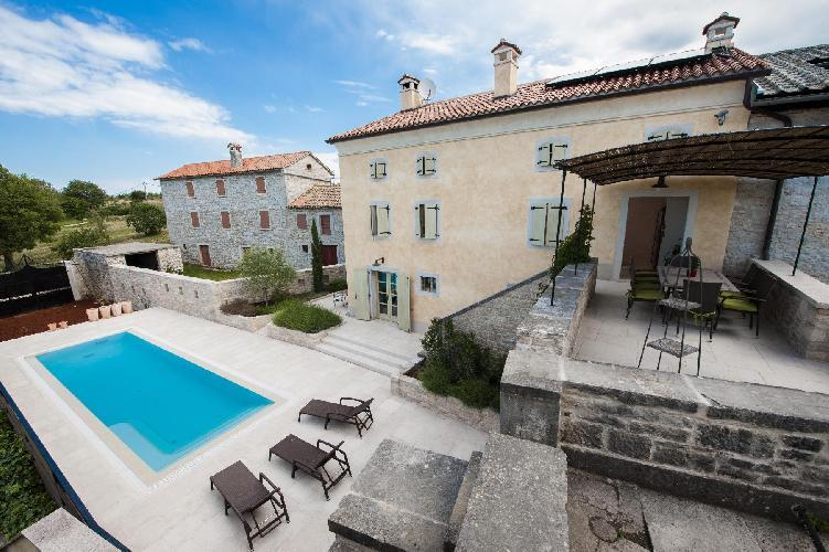 awesome swimming pool of Croatia - Villa Tona luxury apartment and vacation rental