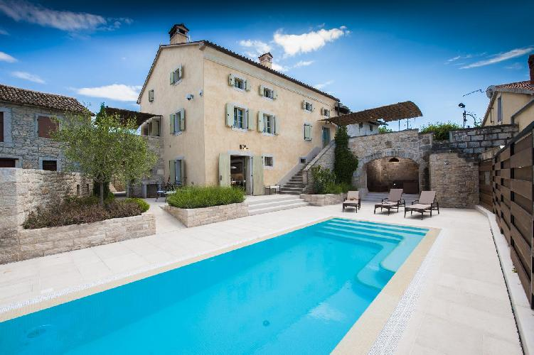amazing swimming pool of Croatia - Villa Tona luxury apartment and holiday home