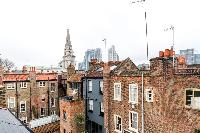 charming neighborhood of London Hanbury Street 2BR luxury apartment