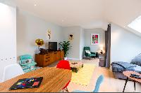 spacious entertainment hub in London Hanbury Street 2BR luxury apartment
