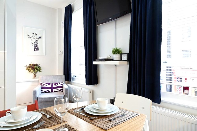 chic and cheery London Charming and Modern Camden luxury apartment