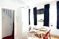 cheery and chic London Charming and Modern Camden luxury apartment and holiday home