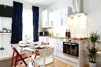 breezy and bright London Charming and Modern Camden luxury apartment and vacation rental