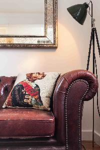tasteful sitting-area furnishings in London Boutique East London Home luxury apartment