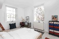 immaculate room with a luxuriant view in London Boutique East London Home luxury apartment