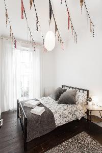 snug bedroom in London Stylish Camden 2 BR luxury apartment