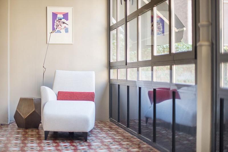 breezy and bright Barcelona - Luxury Cornelia luxury apartment