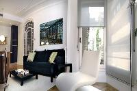 cool Barcelona - Modern Eliseos luxury apartment