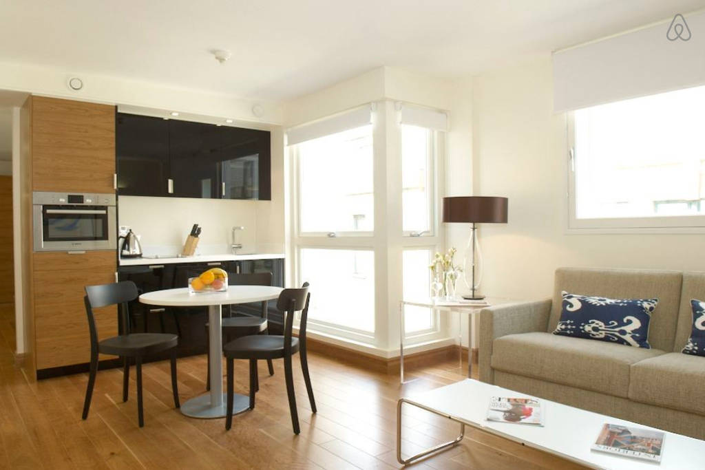 chic and charming London Farringdon luxury apartment and vacation rental