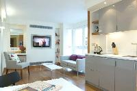 beautiful open-plan living room of London Farringdon luxury apartment and holiday home