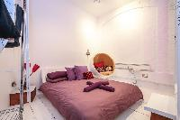 pretty bedroom in London Framery Studio Workshop luxury apartment