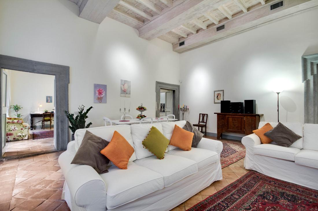 fabulous Rome - Stunning Navona luxury apartment and vacation rental