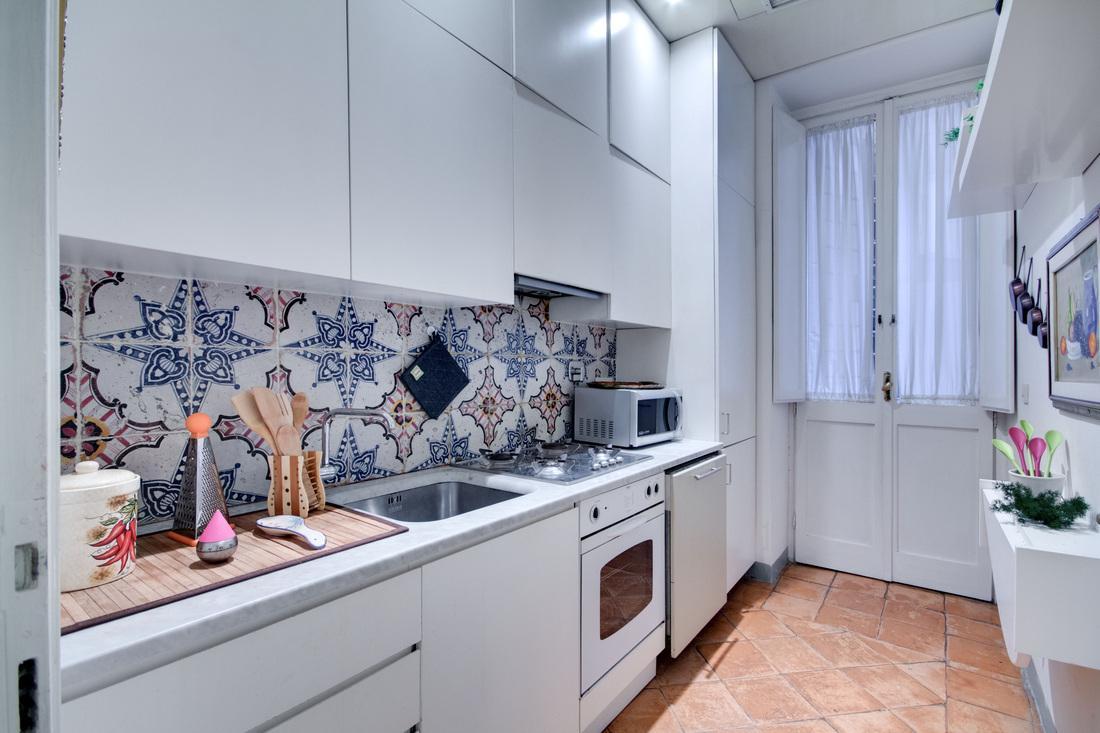 cool modern kitchen of Rome - Stunning Navona luxury apartment