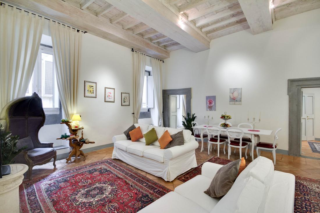 elegant Rome - Stunning Navona luxury apartment and holiday home