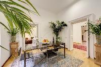 lovely dining room of Rome - Via della Croce I luxury apartment