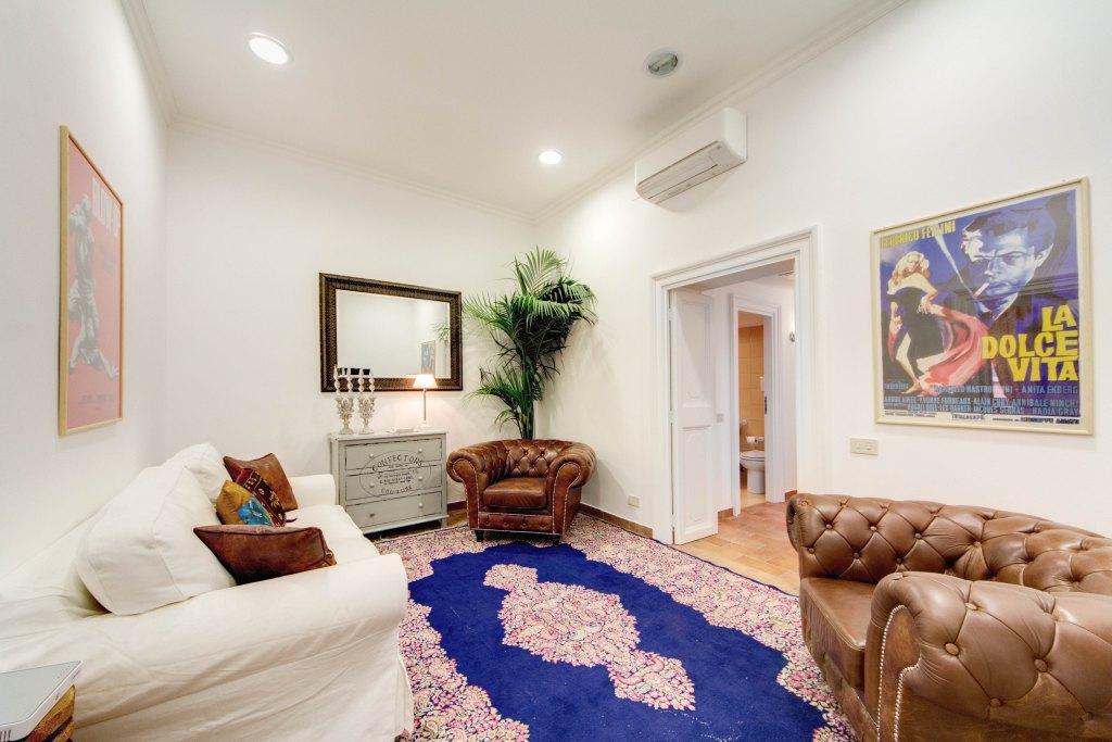chic Rome - Via della Croce I luxury apartment and holiday home