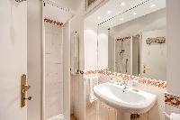 clean and neat toilet and bath in Rome - Via della Croce III luxury apartment