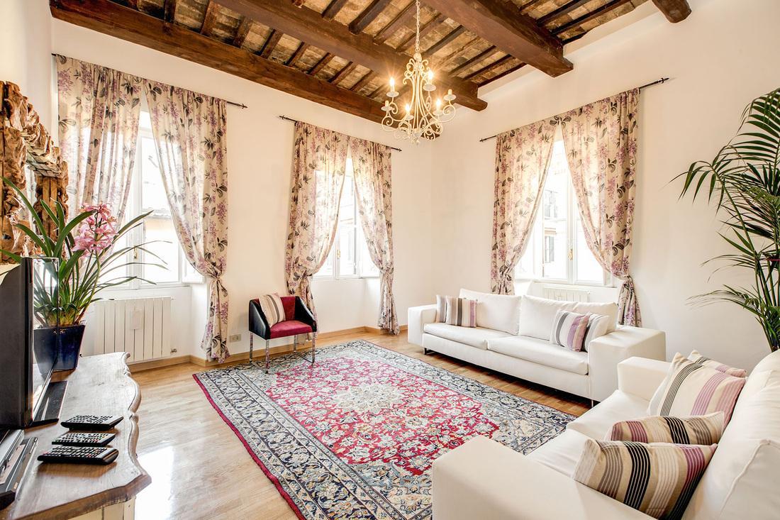 beautiful Rome - Via della Croce III luxury apartment and holiday home