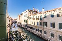 cool attractions near Venice - Charming Magic Venice luxury apartment