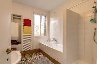 rejuvenating bathtub in Venice - Charming Magic Venice luxury apartment