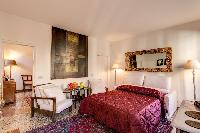 neat bedside furnishings in Venice - Charming Magic Venice luxury apartment