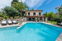 amazing swimming pool of Cannes - Palm Spring Villa luxury apartment