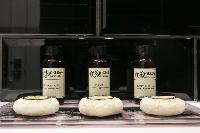 cool toiletries in Barcelona - Palou Deluxe 1 luxury apartment