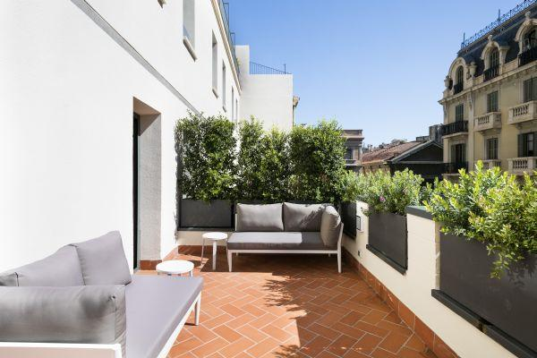 chic and charming Barcelona - Palou Deluxe with Huge Terrace luxury apartment