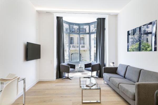 Barcelona - Deluxe Palou Wide Living Room