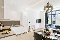 charming Barcelona - Deluxe Palou Wide Living Room luxury apartment