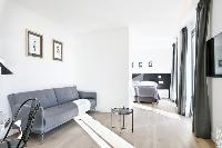 well-appointed Barcelona - Deluxe Palou with Loft and Balcony luxury apartment
