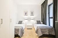 fresh and clean bedroom linens in Barcelona - Deluxe Palou Suite Apartment luxury holiday home and v
