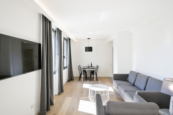 nice Barcelona - Deluxe Palou Superior Apartment luxury holiday home and vacation rental