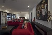 interesting accents in Bali - Villa Tjitrap luxury apartment