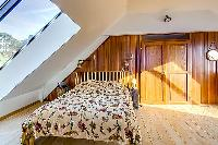 lovely single bed in Brittany - Luxury Sailor House