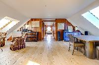 rich furnishings in Brittany - Luxury Sailor House