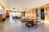 cool open-plan living room of Brittany - Luxury Sailor House