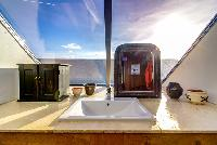 neat lavatory in Brittany - Luxury Sailor House