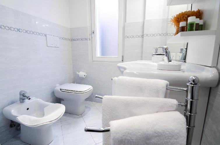 clean Italy - Bellagio Lake Como luxury apartment