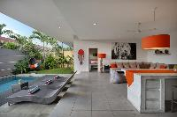 impressive lanai at Bali Cosy Villa luxury apartment