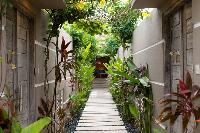 lush and lovely surroundings of Bali Cosy Villa luxury apartment