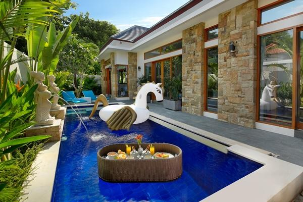 Bali - Legian Villa Holliday